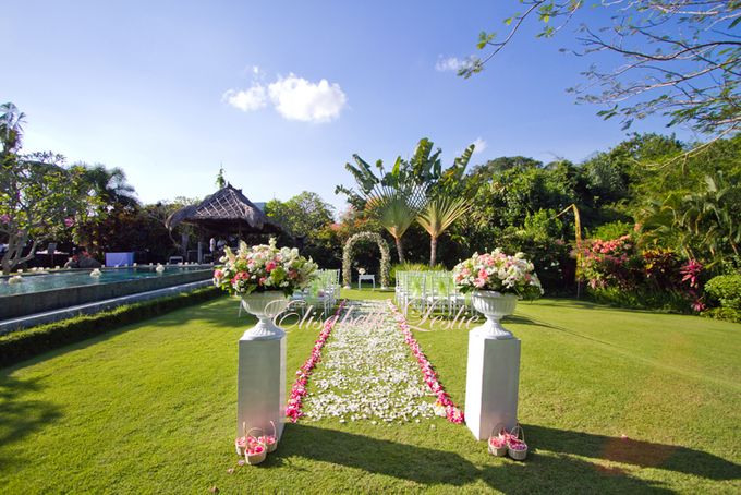 Intimate Private Villa Wedding by Bali Wedding Assistant - 017