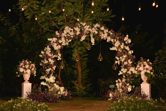 Purple Wedding by Mira Mi Bali Wedding - 011