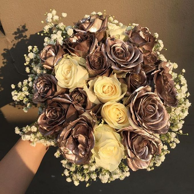 Wedding Bouquet by HARA Florist - 005