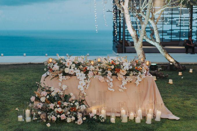 Romantic-Modern Wedding at Alila Uluwatu by Silverdust Decoration - 031