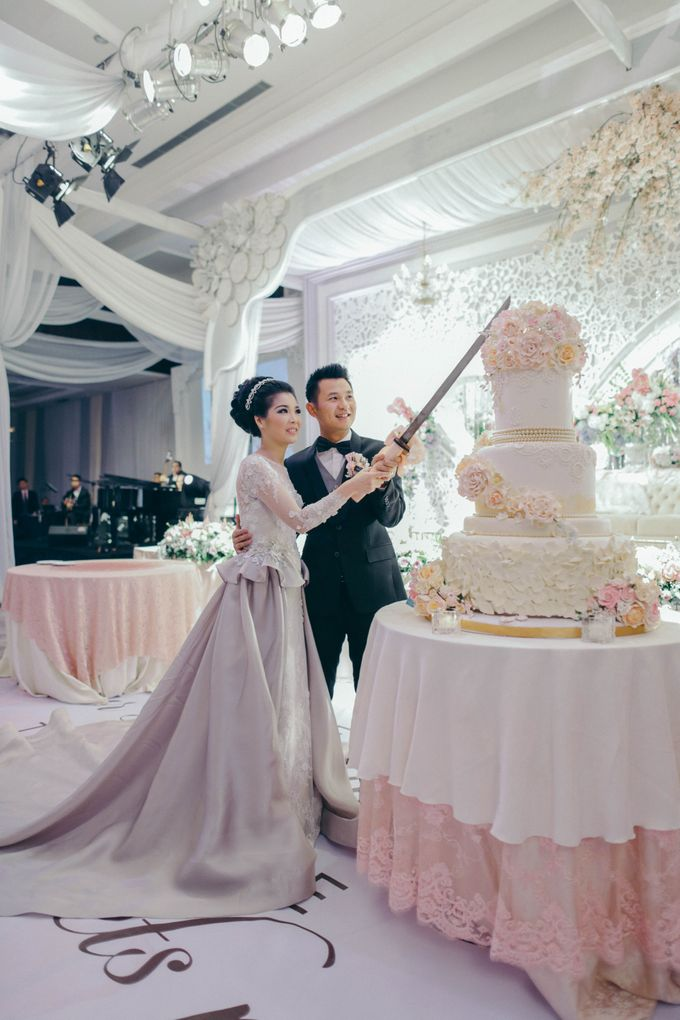 Tomas & Asti Jakarta Wedding by Ian Vins - 040