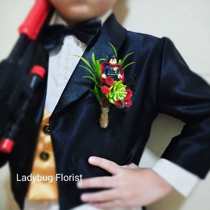 Groom Boutonnieres by ladybug florist - 003