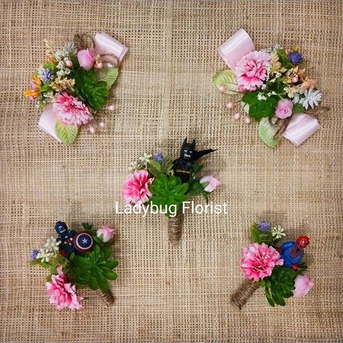 Groom Boutonnieres by ladybug florist - 004