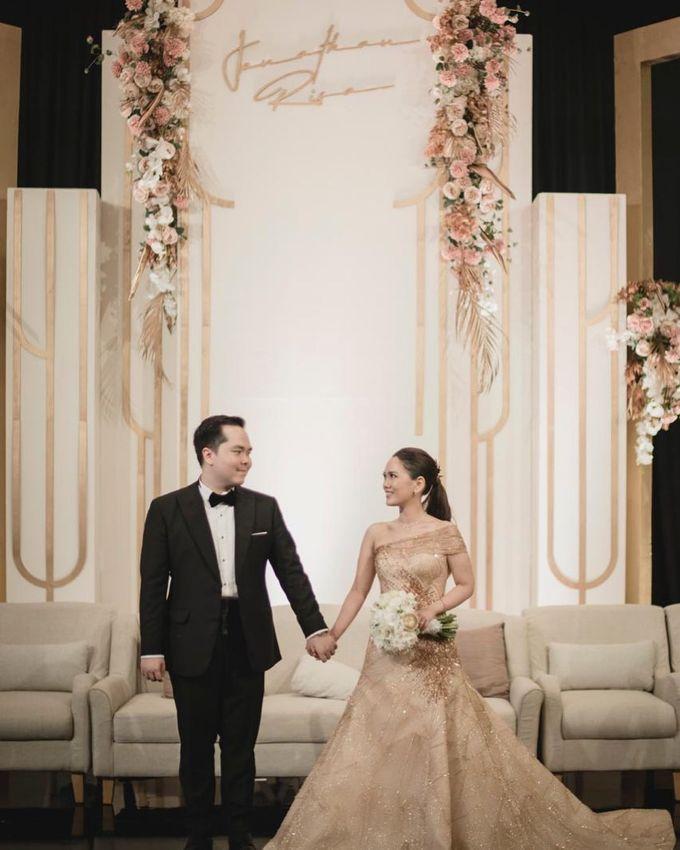 The Wedding of Jonathan & Risa by Four Seasons Hotel Jakarta - 003