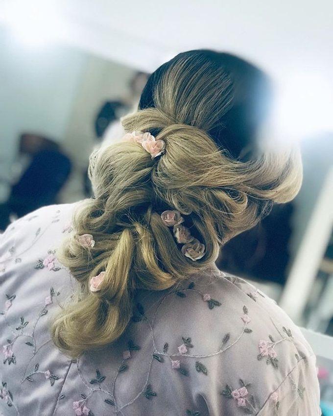 Hair & Makeup by Nakreze Mehndi - 022