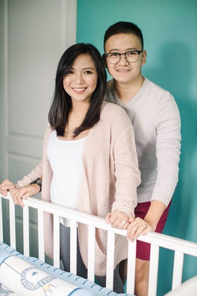 Maternity for Julius and Kath by Love And Other Theories - 009