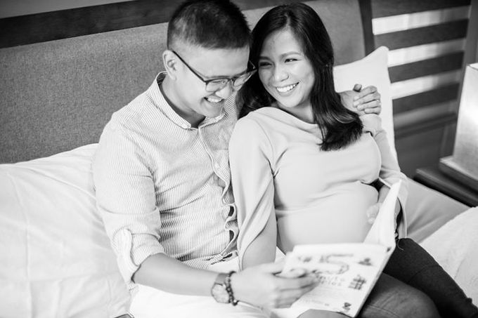 Maternity for Julius and Kath by Love And Other Theories - 006