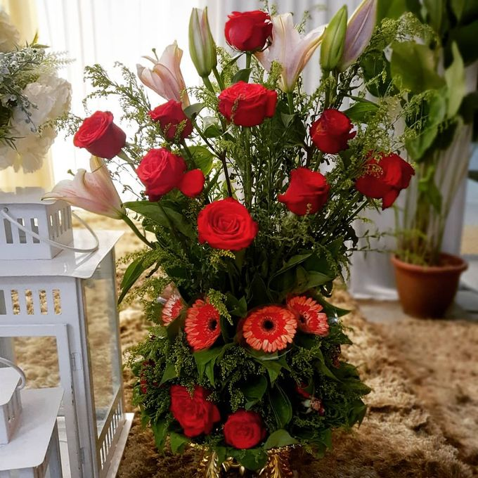 Floral Arrangements by All The small Things - 011
