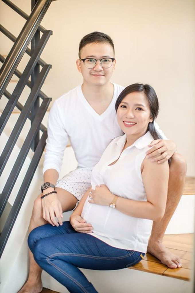 Maternity for Julius and Kath by Love And Other Theories - 021