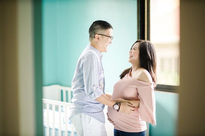Maternity for Julius and Kath by Love And Other Theories - 001