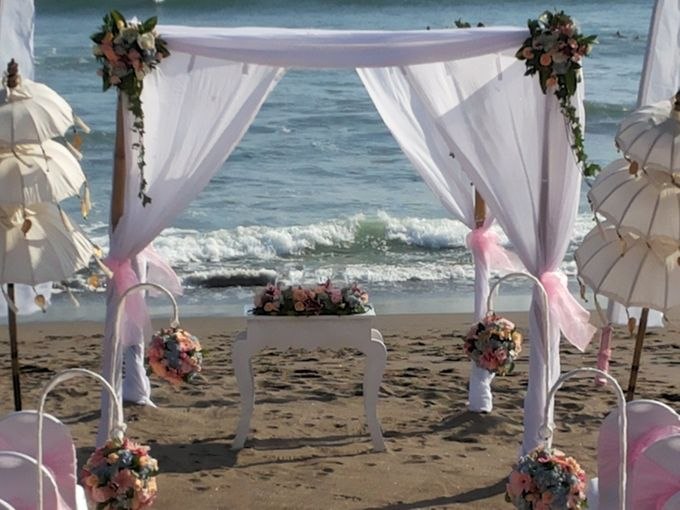Beach Wedding Ceremony by Bali Wedding Assistant - 002