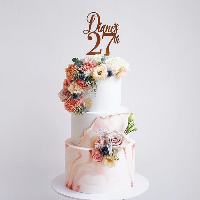 Tiered and Wedding Cakes 2019 by Nana Cake Boutique - 020