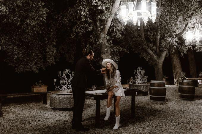 Alternative Wedding in Tenuta Mocajo in Tuscany  Italy by Fotomagoria - 050