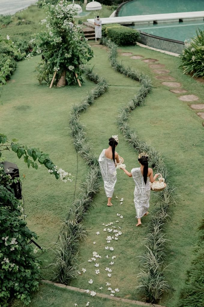 Galuh & Ilya AirWedding by Crystal Clarissa Official - 007