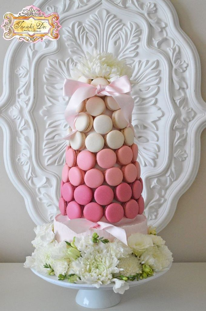 Wedding Cakes by Innicka Dee Cakes - 006