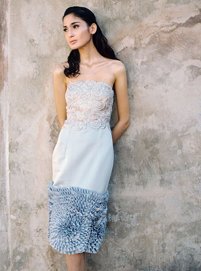 Oblivion from FLESH TO DUST Spring Summer 2015 Ready To Wear by Bramanta Wijaya Sposa - 026