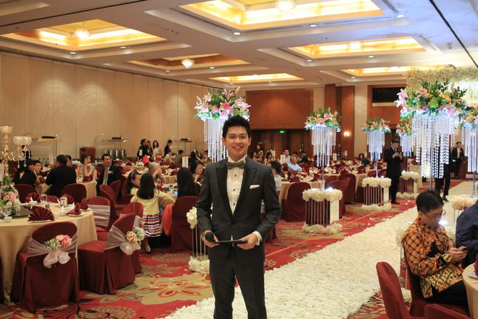 MC Wedding Red Top Hotel Jakarta - Anthony Stevven by Pelangi Cake - 010