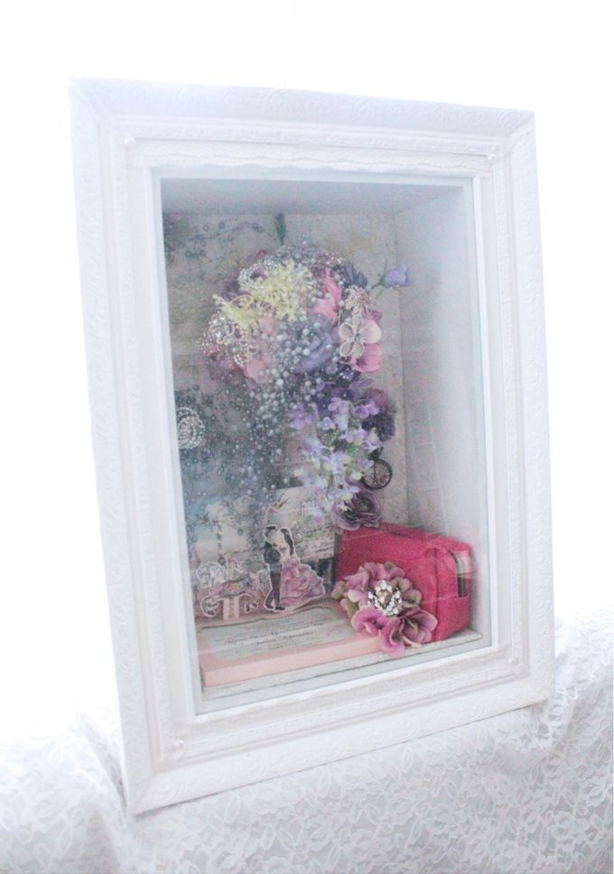 Frame Bouquet by Cup Of Love Design Studio - 015