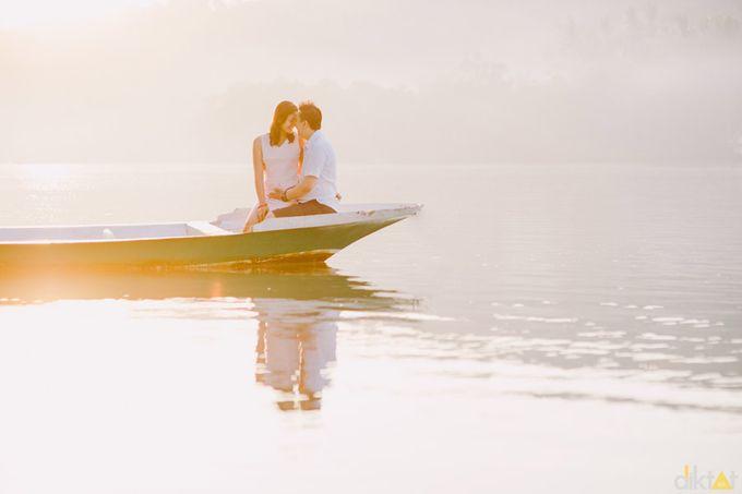 Engagement // prewedding Hendra & Dimitry by diktatphotography - 006