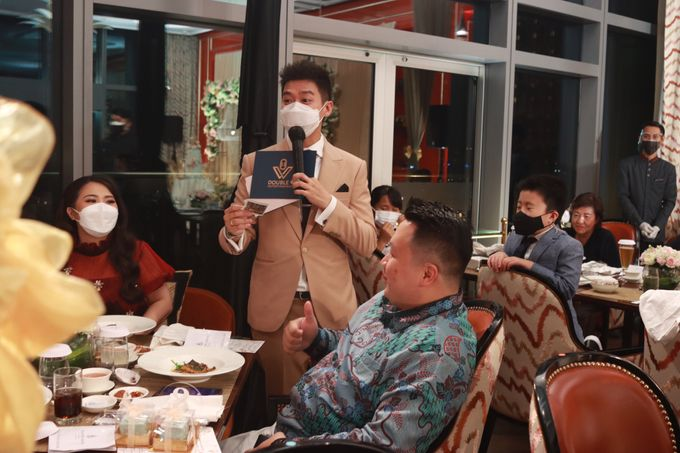 Fine Dinning Intimate entertainment wedding at Alto Restaurant Four Seasons Jakarta - Double V Entertainment by Hian Tjen - 019