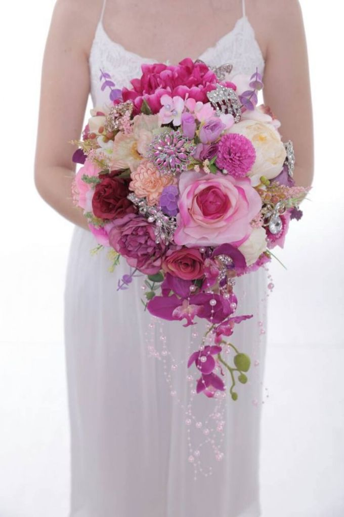 ENCHANTED WEDDING BOUQUET by LUX floral design - 023