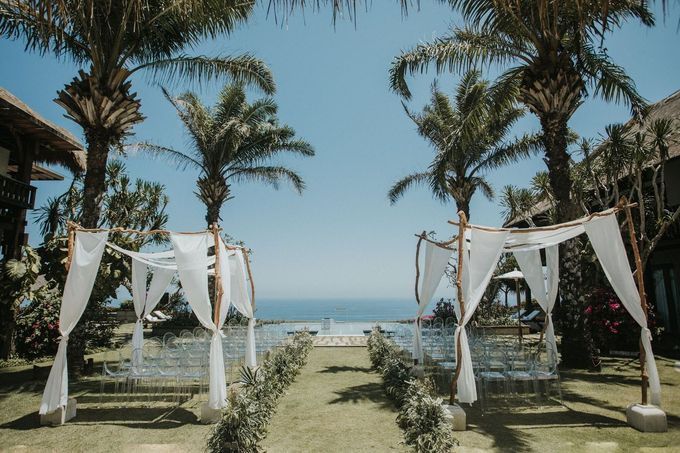 Whimsical Tropical Wedding at Stone House by Tirtha by Tirtha Bali - 005