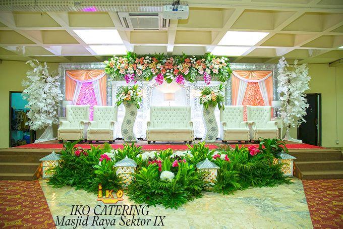 Dekorasi Pelaminan by IKO Catering Service dan Paket Pernikahan - 031