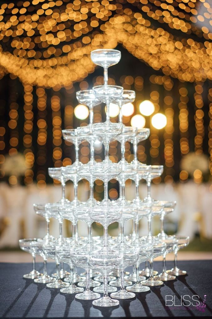 Wedding at villa Aye Phuket Thailand by BLISS Events & Weddings Thailand - 012