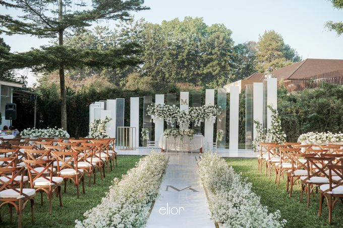 The Modern and Elegant Wedding Ceremony of Monica and Allen by Elior Design - 017