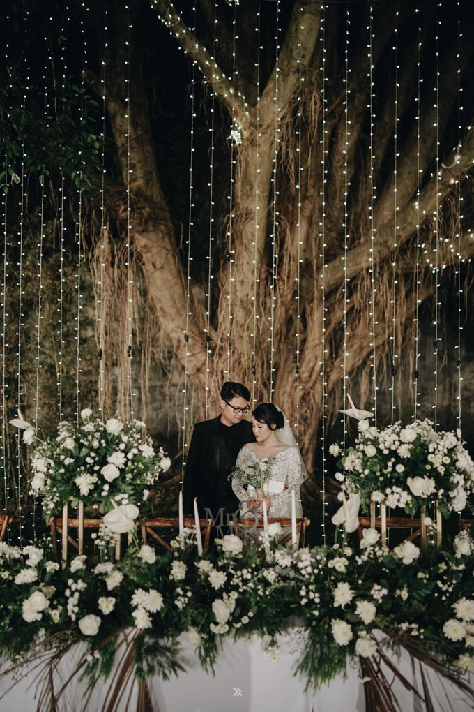 The Wedding of Ivy and Galih by Elior Design - 013