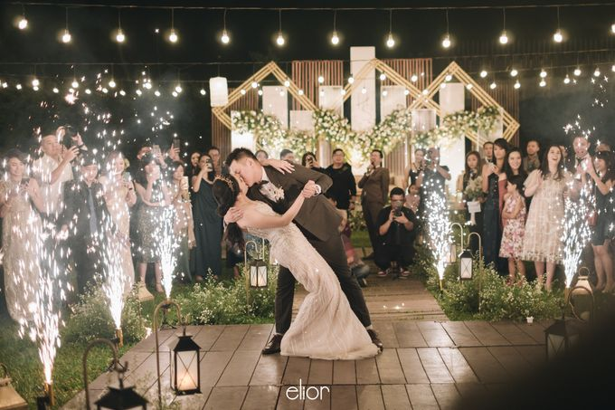 The Wedding of Henry and Stefanie by Elior Design - 012