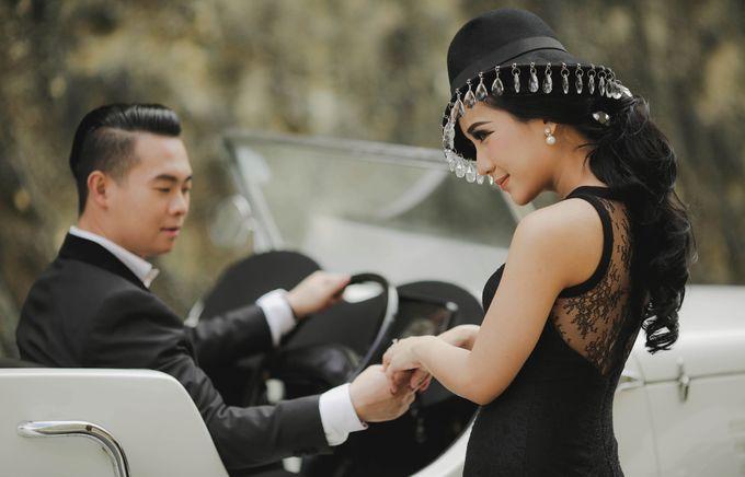 PRE - WEDDING ARA & OLIVIA BY HENOKH WIRANEGARA by All Seasons Photo - 007