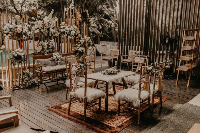 Aisyah & Aziz Wedding at Azila Villa by AKSA Creative - 007