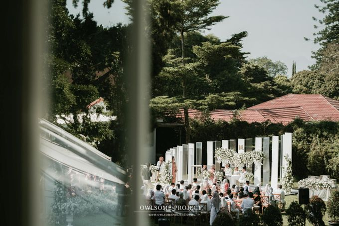 The Modern and Elegant Wedding Ceremony of Monica and Allen by Owlsome Projects - 003