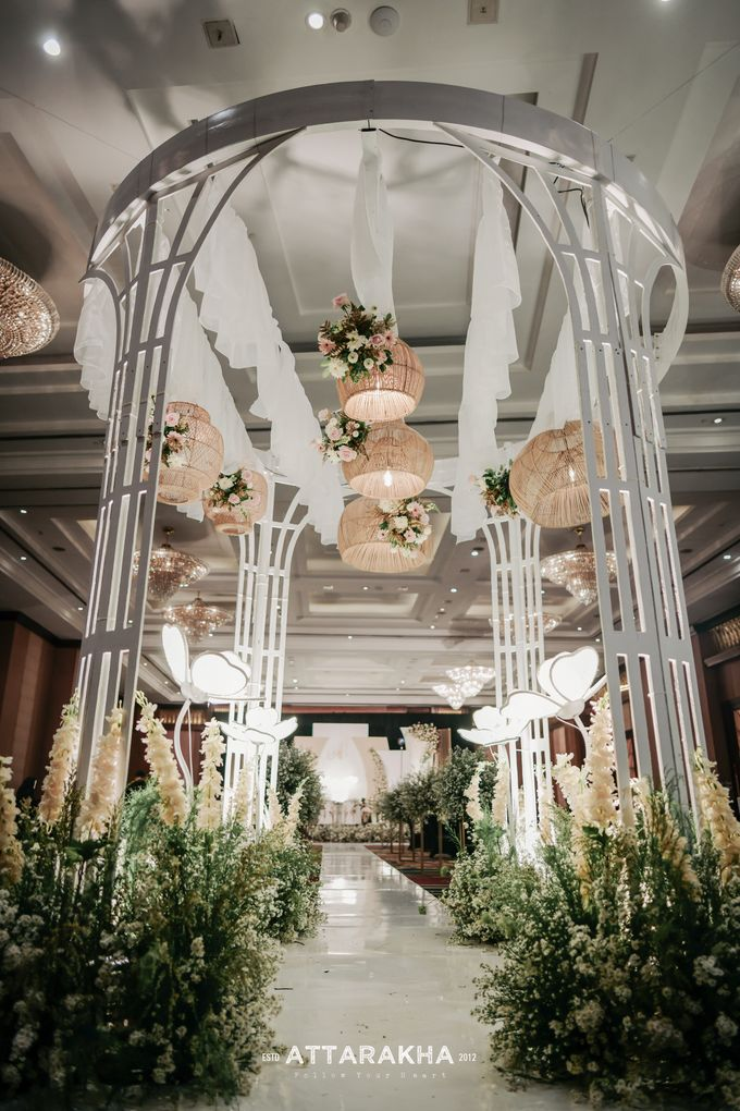 The Wedding of Avi and Farhan by Elior Design - 004