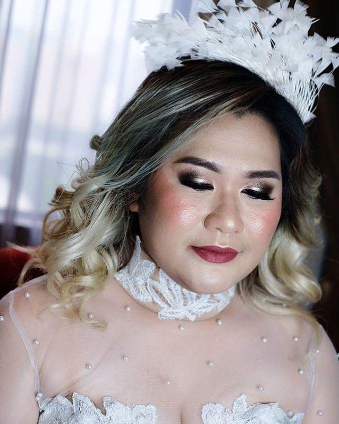 Tania&Jojo's Wedding Family Makeup by Devina Martina Sulam Alis - 010