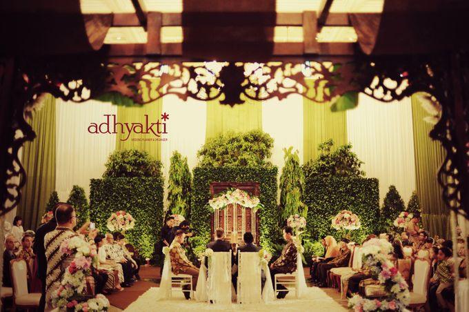 Adrian & Wina Wedding Day by Adhyakti Wedding Planner & Organizer - 002