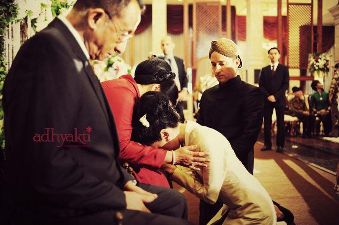 Adrian & Wina Wedding Day by Adhyakti Wedding Planner & Organizer - 003