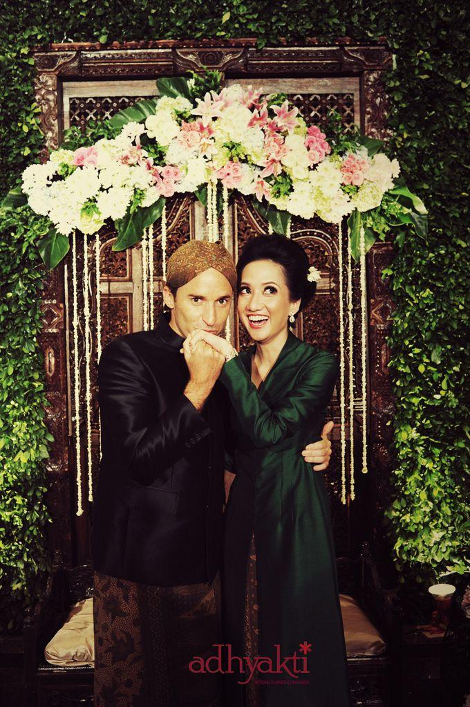 Adrian & Wina Wedding Day by Adhyakti Wedding Planner & Organizer - 007