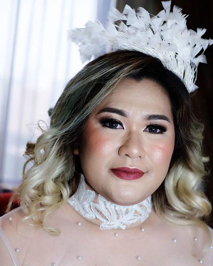 Tania&Jojo's Wedding Family Makeup by Devina Martina Sulam Alis - 002