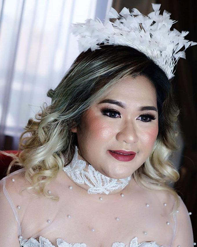 Tania&Jojo's Wedding Family Makeup by Devina Martina Sulam Alis - 016