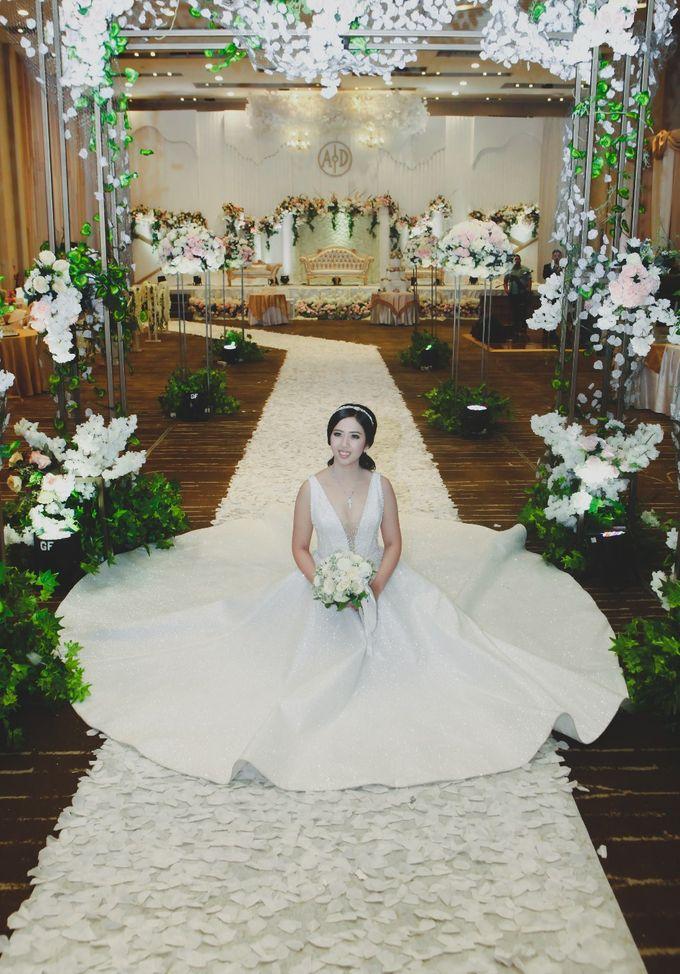 THE WEDDING OF DIAN & AGUS by ODDY PRANATHA - 025