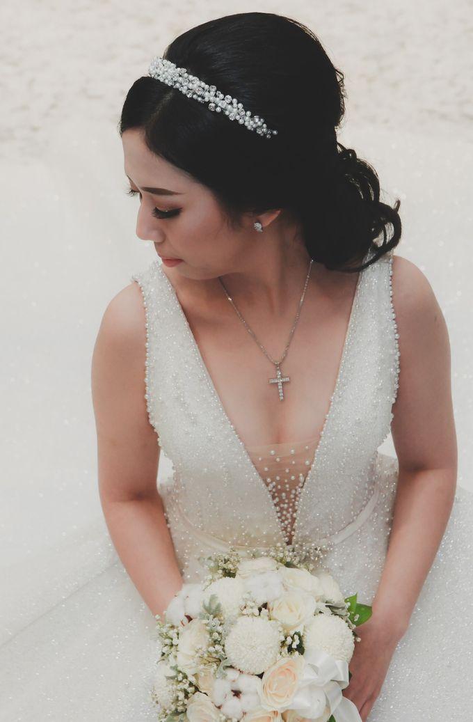 THE WEDDING OF DIAN & AGUS by ODDY PRANATHA - 018