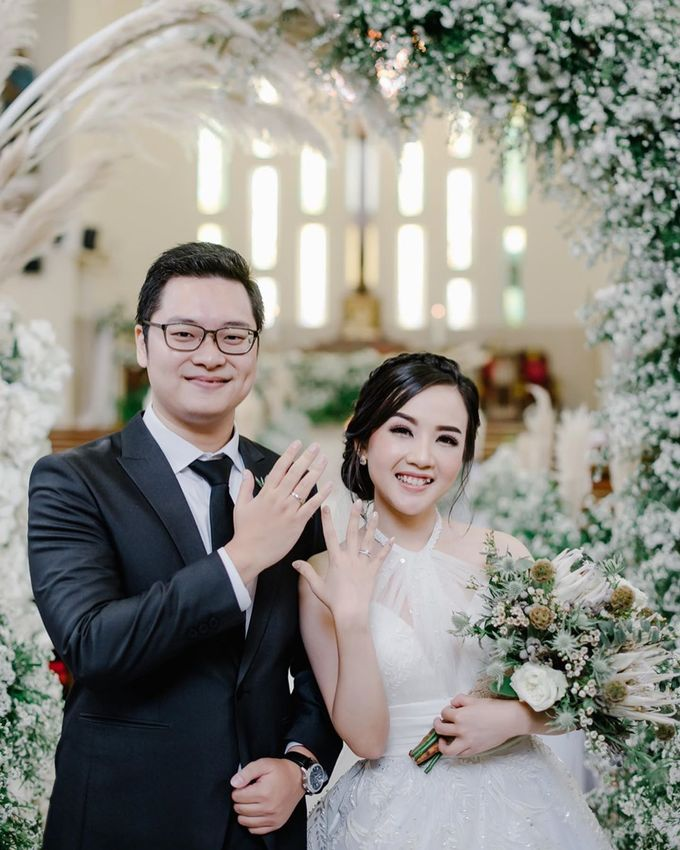 The Wedding of Yosua & Bea by MARBLEPHOTO - 001
