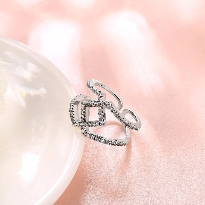 TIARIA Diamond Stack Gold Ring Perhiasan Cincin Emas Berlian by TIARIA - 004
