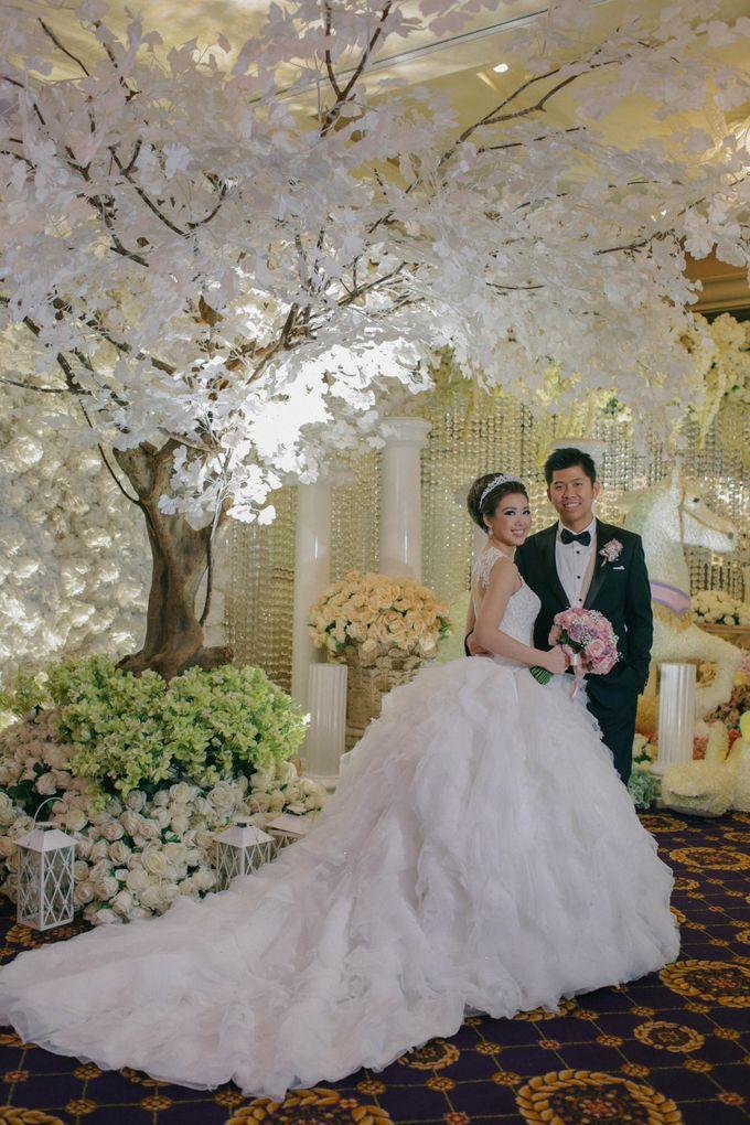 Maurice & Natasya Jakarta Wedding by Ian Vins - 043