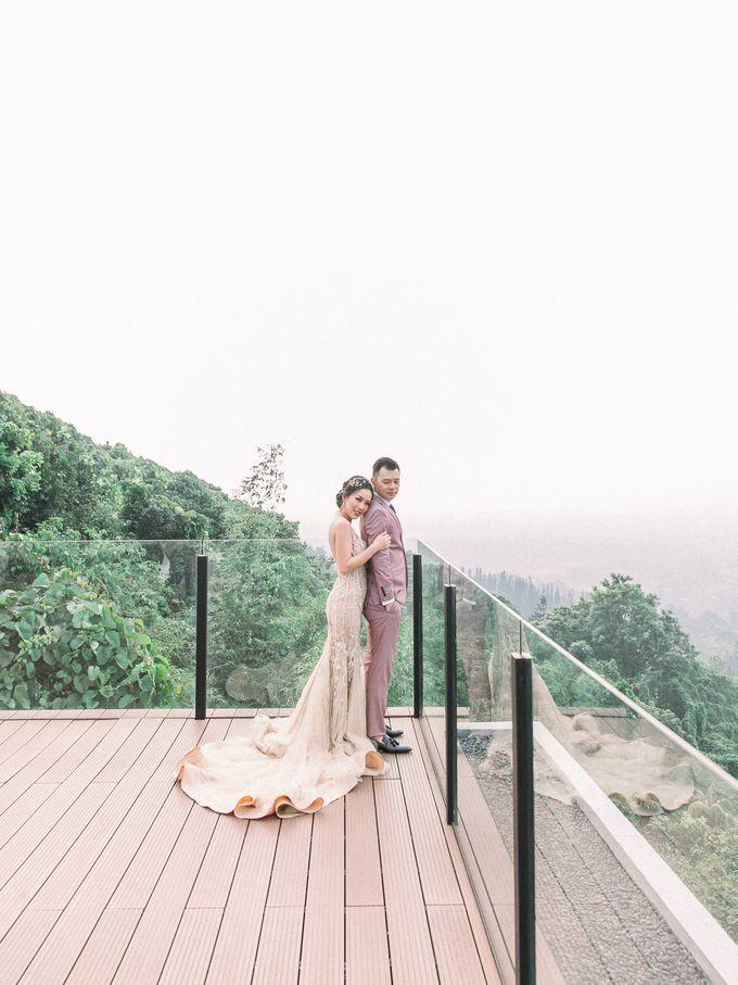MICHAEL & ALVINA by Royal Tulip Gunung Geulis Resort & Golf - 011