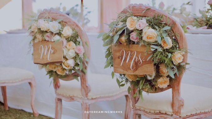 The Wedding of Ryan & Grace by Daydreaming Works - 001