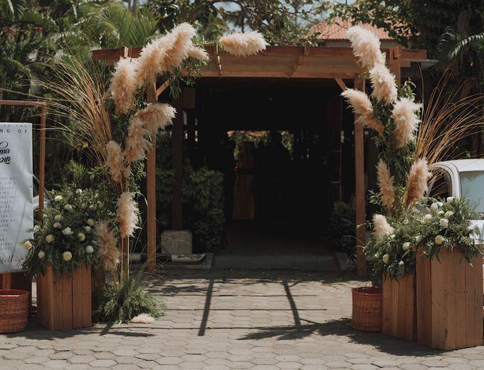 The Wedding of Rahma & Rezin by Daydreaming Works - 004