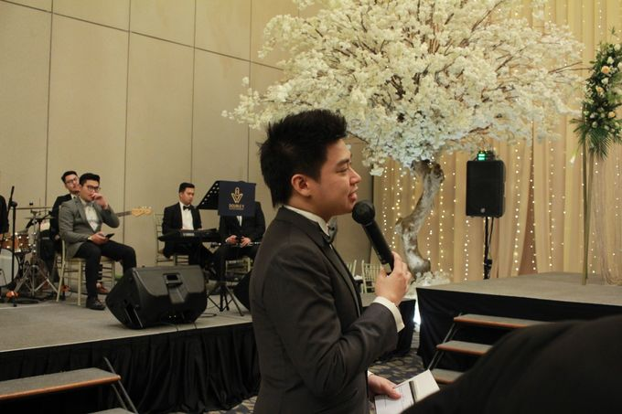 Mc Entertainment Wedding Sheraton Gandaria - Anthony Stevven  with Double V Entertainment Jakarta by Anthony Stevven - 012